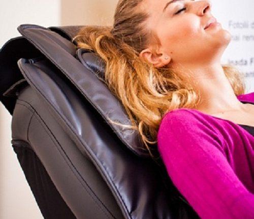 Mua ghế mát xa toàn thân bao nhiêu tiền là tốt nhất
